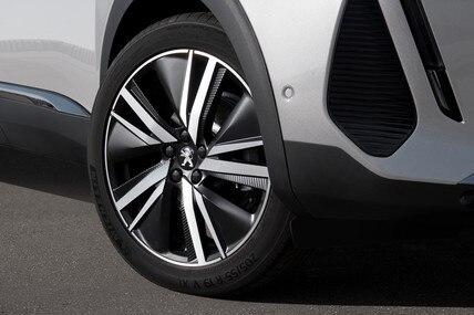 Novi SUV PEUGEOT 3008 HYBRID –19'' aluminijumske felne