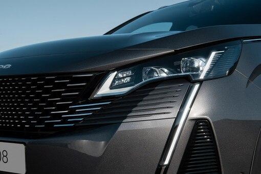 Novi SUV PEUGEOT 3008- Novi FULL LED farovi