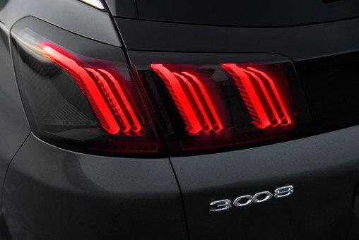 Novi SUV PEUGEOT 3008 – Nova zadnja svetla sa 3 kandže